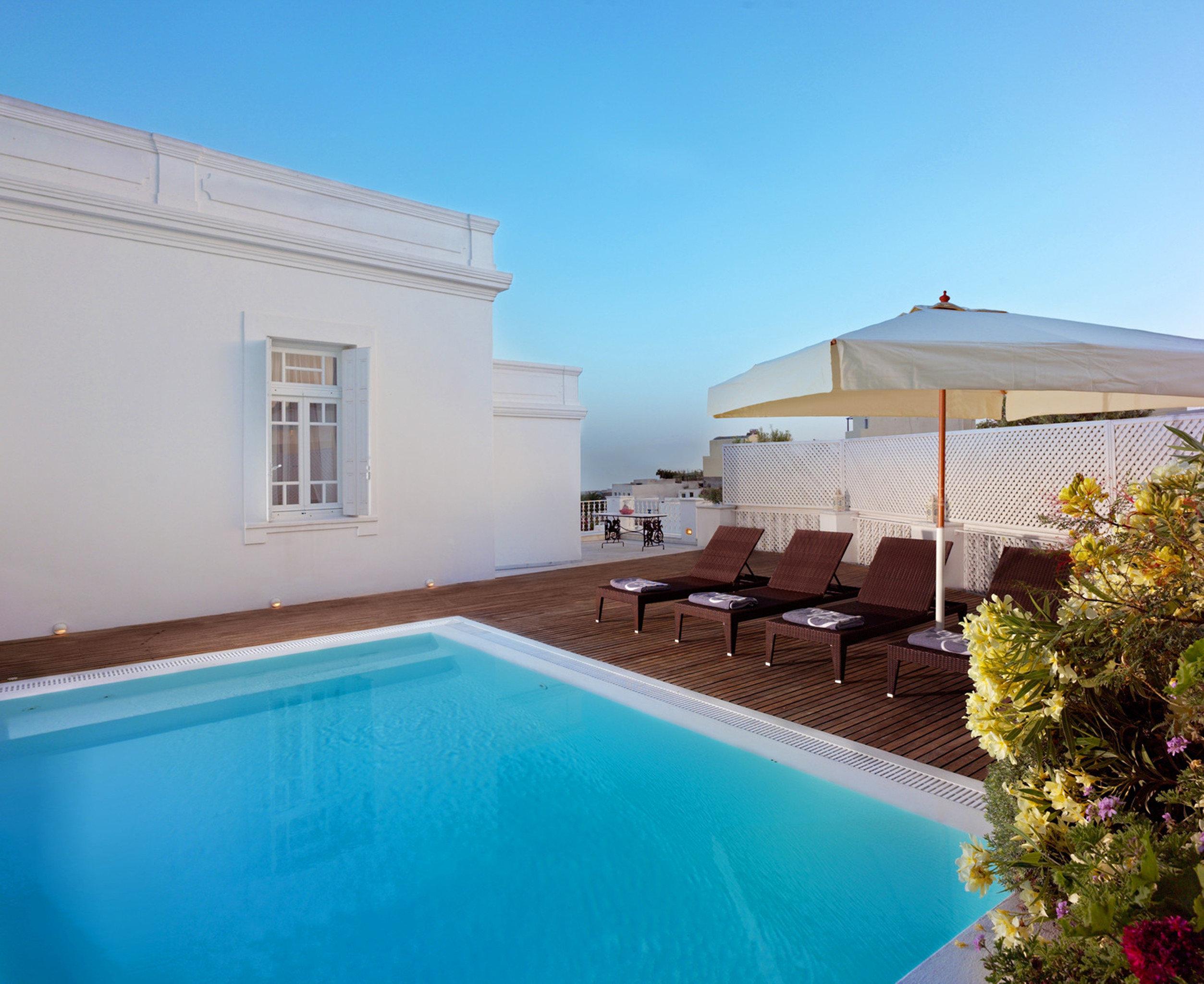 Lounge Modern Pool sky swimming pool property house Villa building home Resort hacienda cottage condominium backyard mansion