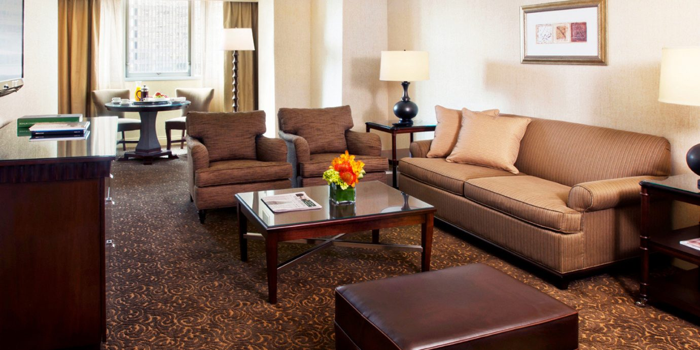 Lounge Scenic views sofa living room property Suite home hardwood condominium cottage Modern containing