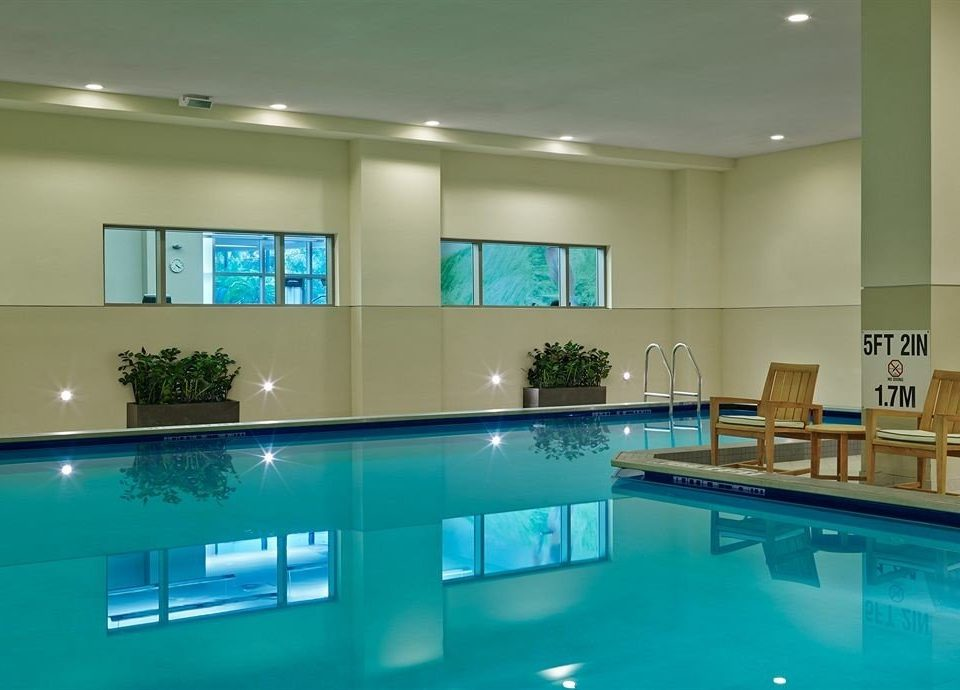 Lounge Pool swimming pool property condominium leisure centre lighting Resort