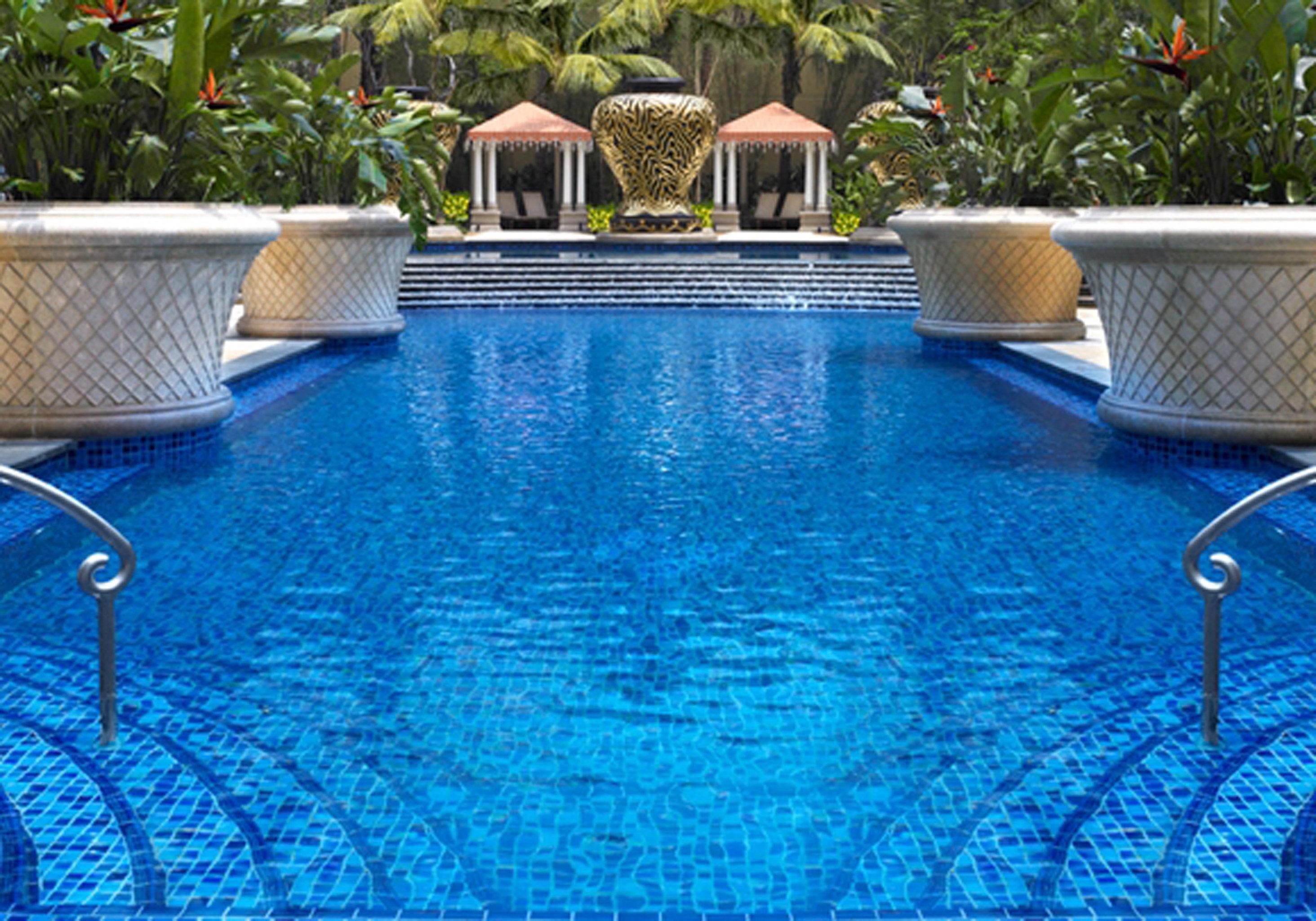 Lounge Pool swimming pool property backyard reflecting pool Villa blue