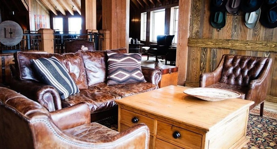 Lounge Ranch Resort Rustic property home living room cottage farmhouse leather