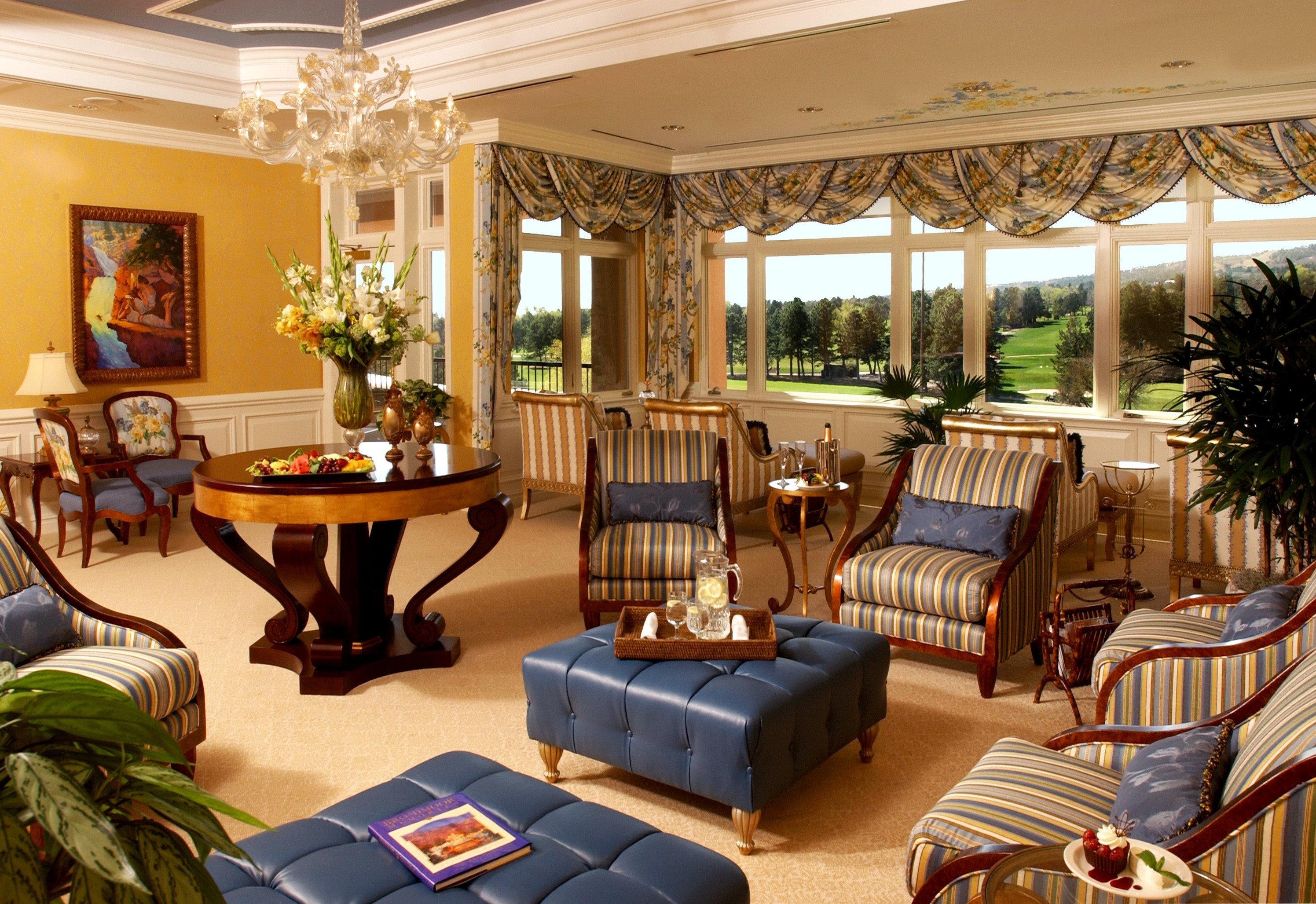 Lounge Resort Scenic views property living room home recreation room Villa mansion