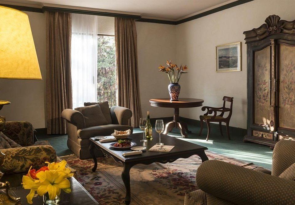 Lounge Rustic sofa living room property Suite home Villa cottage condominium lamp