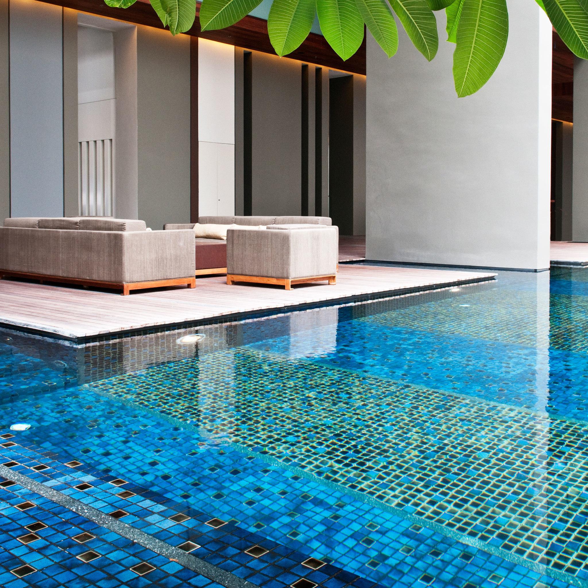 Luxury Modern Pool water swimming pool leisure swimming flooring blue backyard
