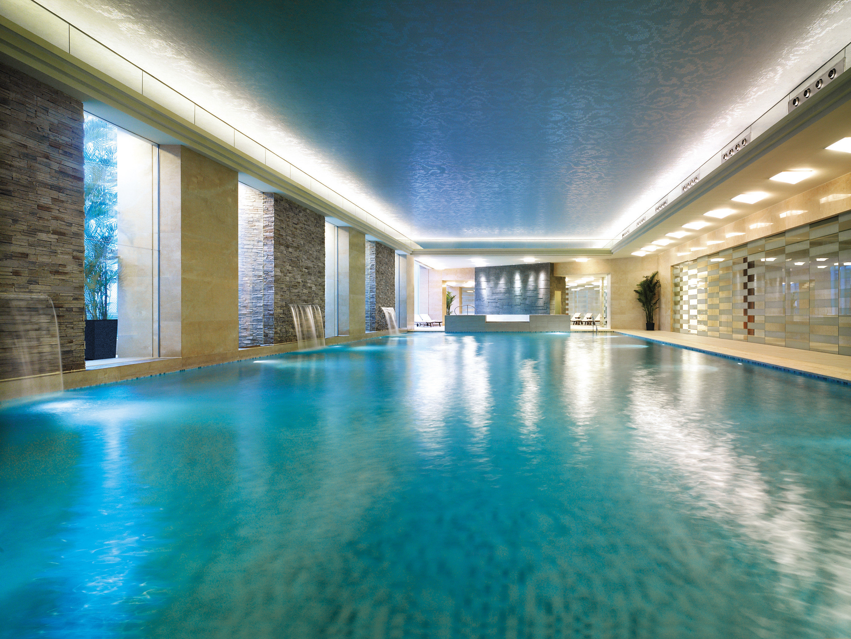 Luxury Modern Pool swimming pool property leisure blue leisure centre Resort thermae mansion condominium thermal bath empty