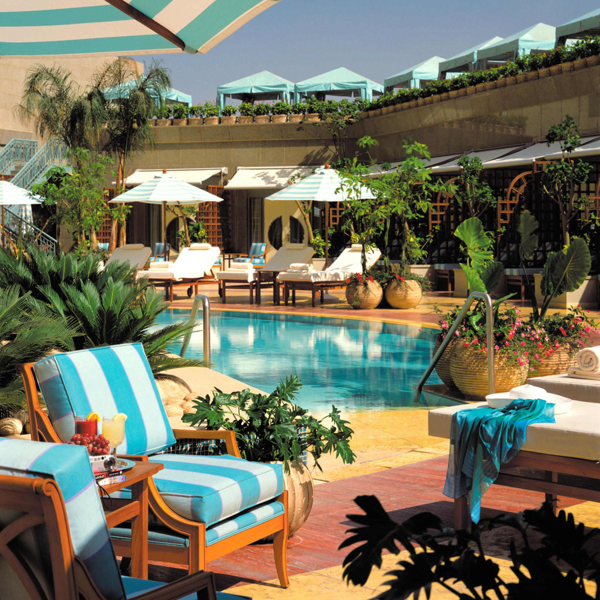 Seasons Plaza Hotel
