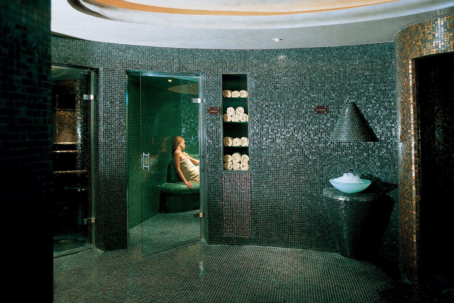 Luxury Modern Resort Romantic Spa green light house darkness lighting tiled