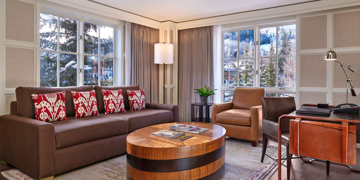 Luxury Modern Resort sofa property living room Suite home hardwood condominium