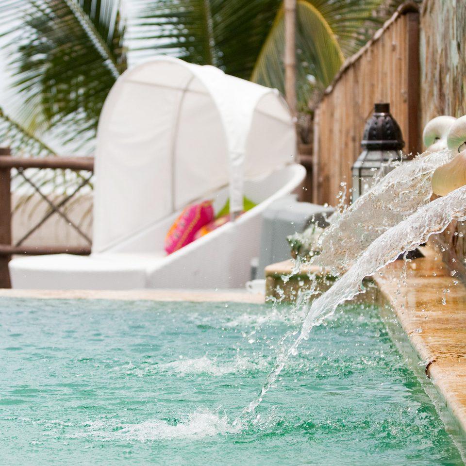 Luxury Pool swimming pool ceremony