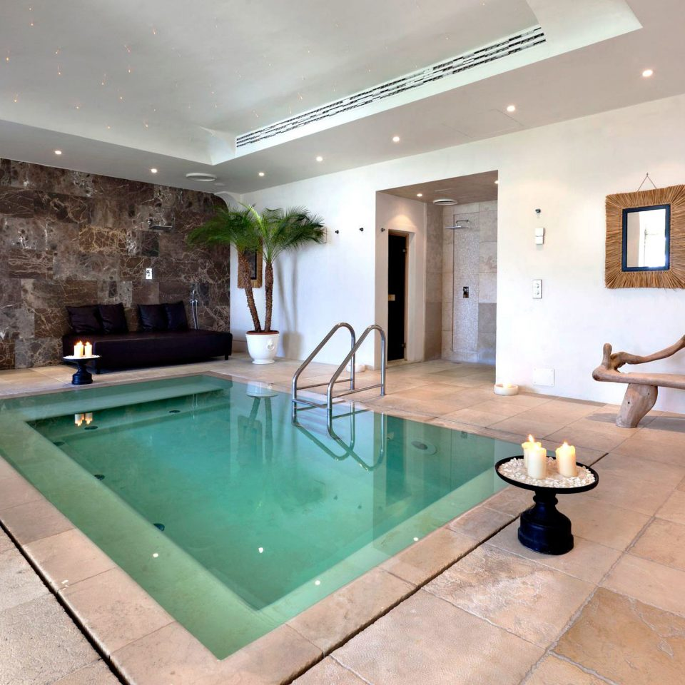 Luxury Pool swimming pool property home Villa condominium living room mansion jacuzzi flooring Suite