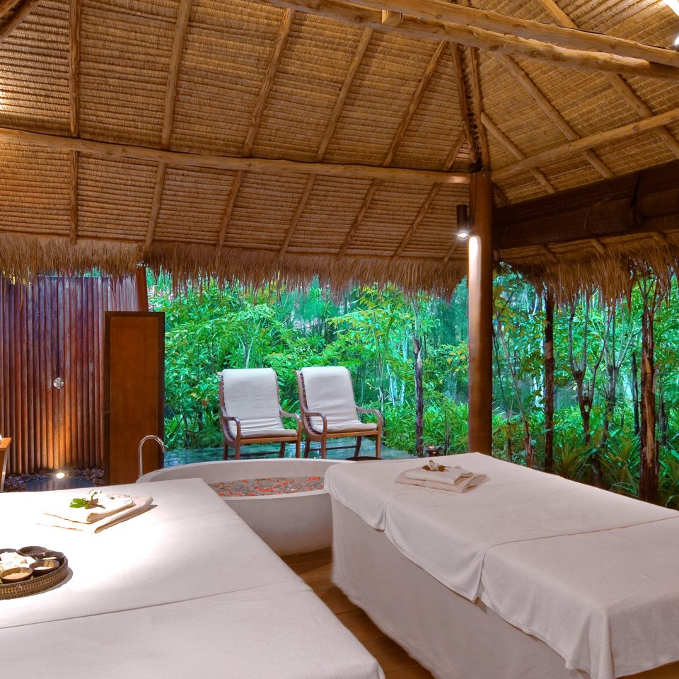 Luxury Romantic Spa Tropical Resort Villa eco hotel cottage swimming pool