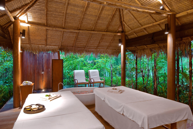 Luxury Romantic Spa Tropical Resort Villa eco hotel cottage swimming pool