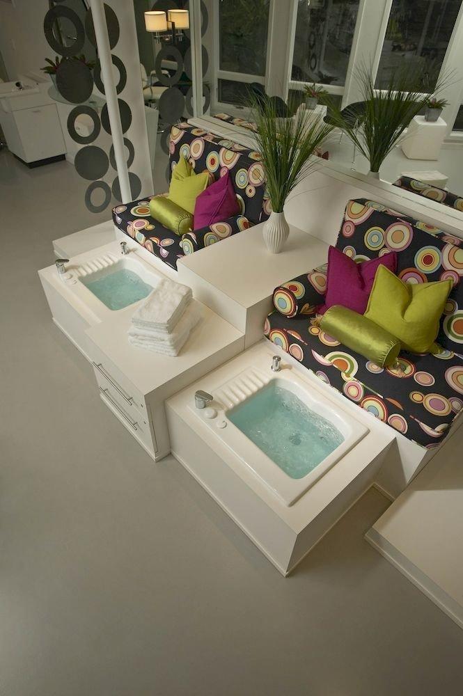 Luxury Romantic Spa art living room toy