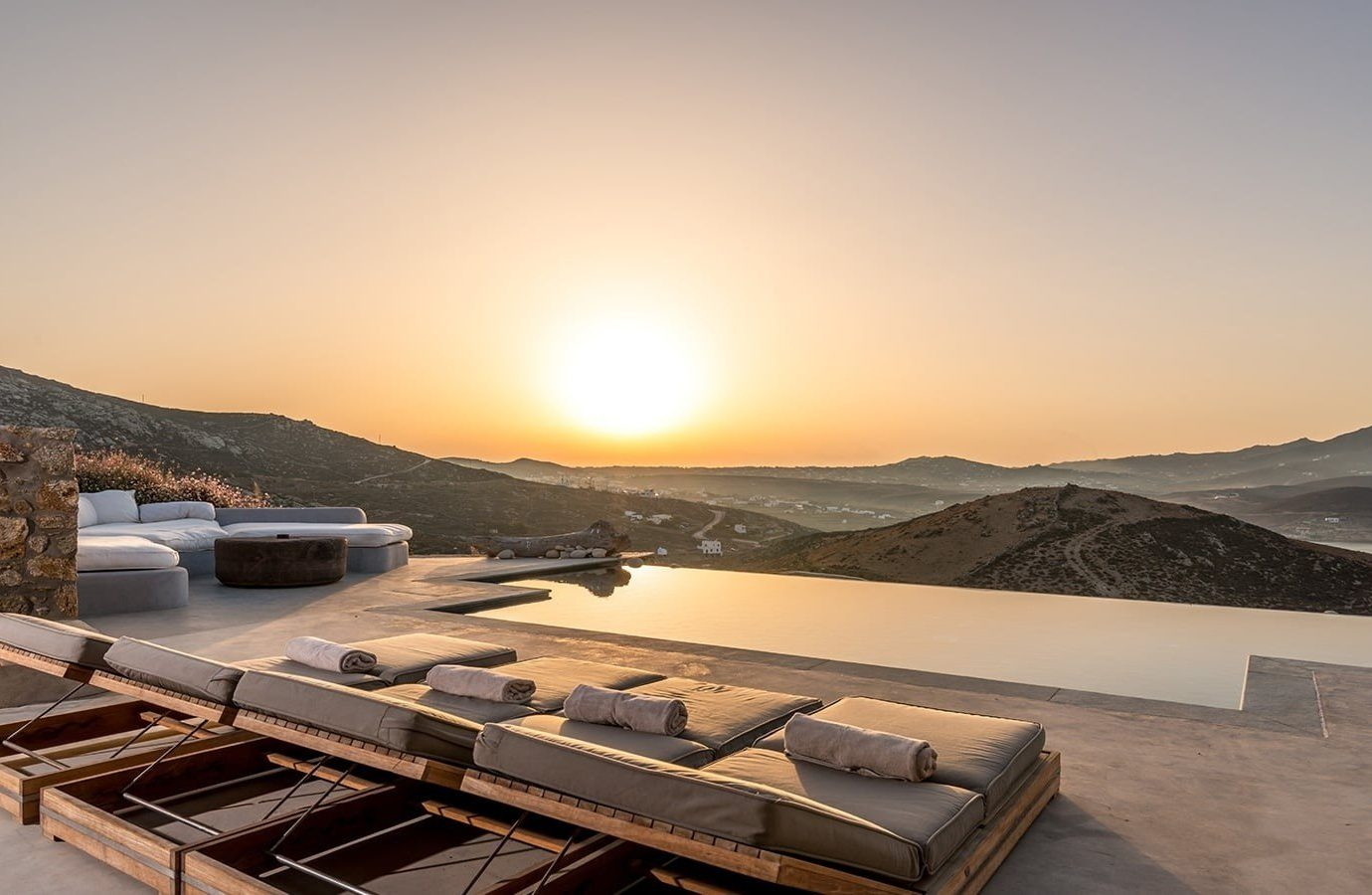 Hotels Luxury Travel sky outdoor property morning real estate roof sunlight sunrise landscape horizon dawn Sunset evening