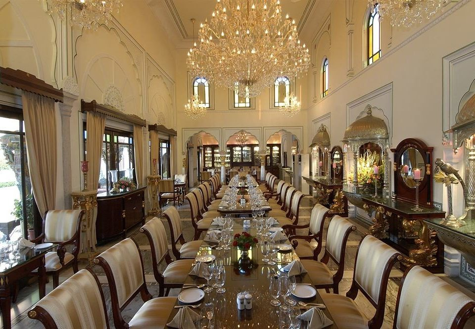 restaurant palace mansion synagogue