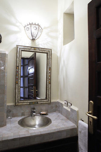 bathroom mirror sink property home lighting plumbing fixture cottage tile Modern clean tub