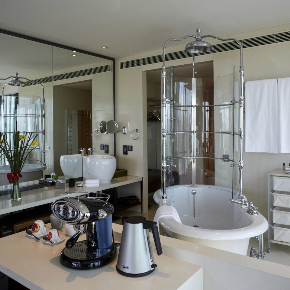 property home sink bathroom condominium cottage Modern