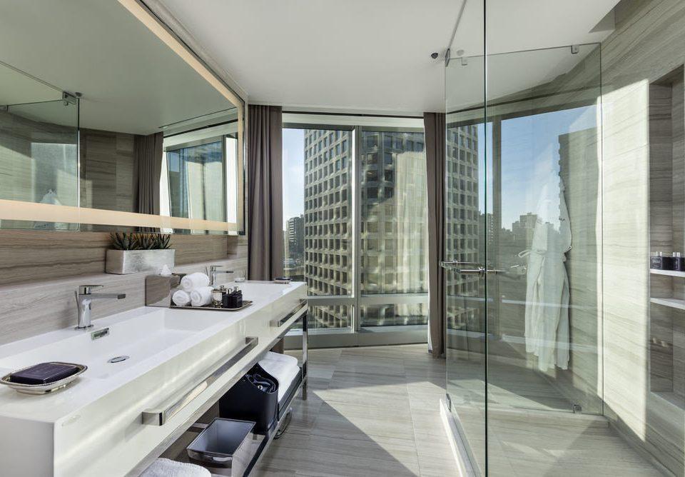 property condominium bathroom daylighting home professional counter flooring Modern
