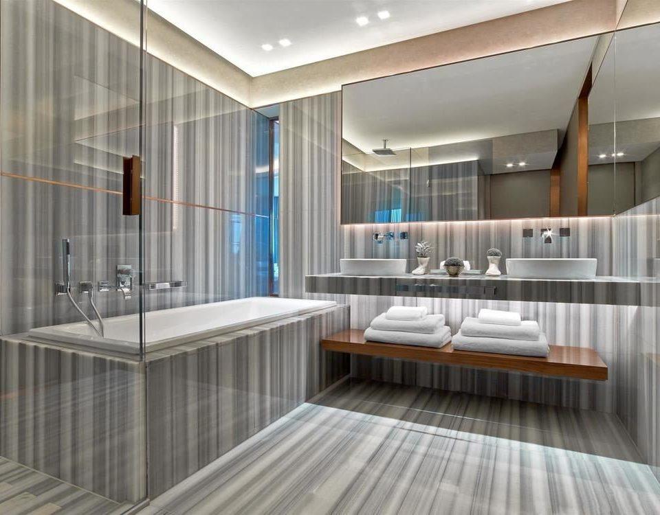 property condominium bathroom flooring daylighting professional tub Modern tiled