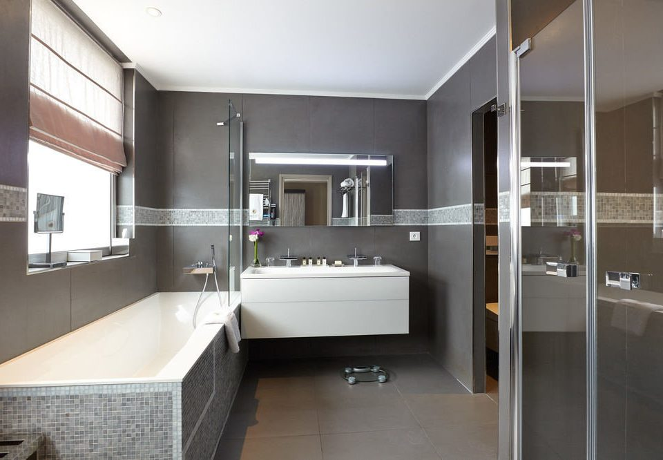 bathroom property sink home condominium flooring Modern