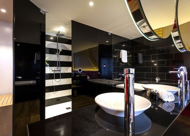 bathroom mirror property sink lighting condominium home Modern restaurant