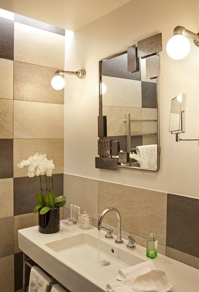 bathroom mirror sink property towel counter lighting home vanity light plumbing fixture Modern