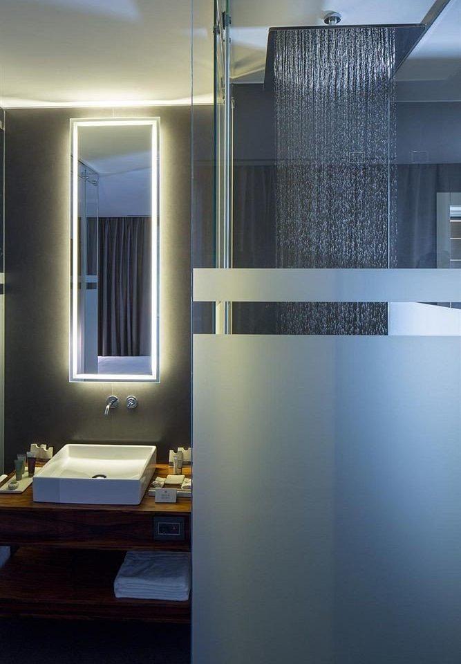 bathroom house home lighting plumbing fixture flooring Modern