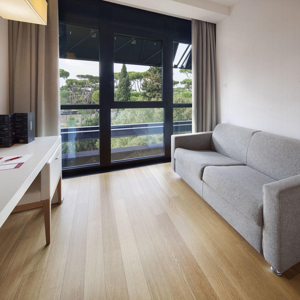 building property hardwood flooring living room home wood flooring laminate flooring cottage Modern hard