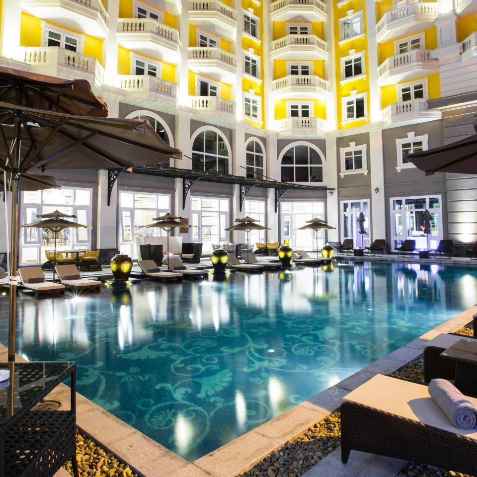 Modern Play Pool Resort building leisure chair swimming pool palace plaza condominium restaurant convention center