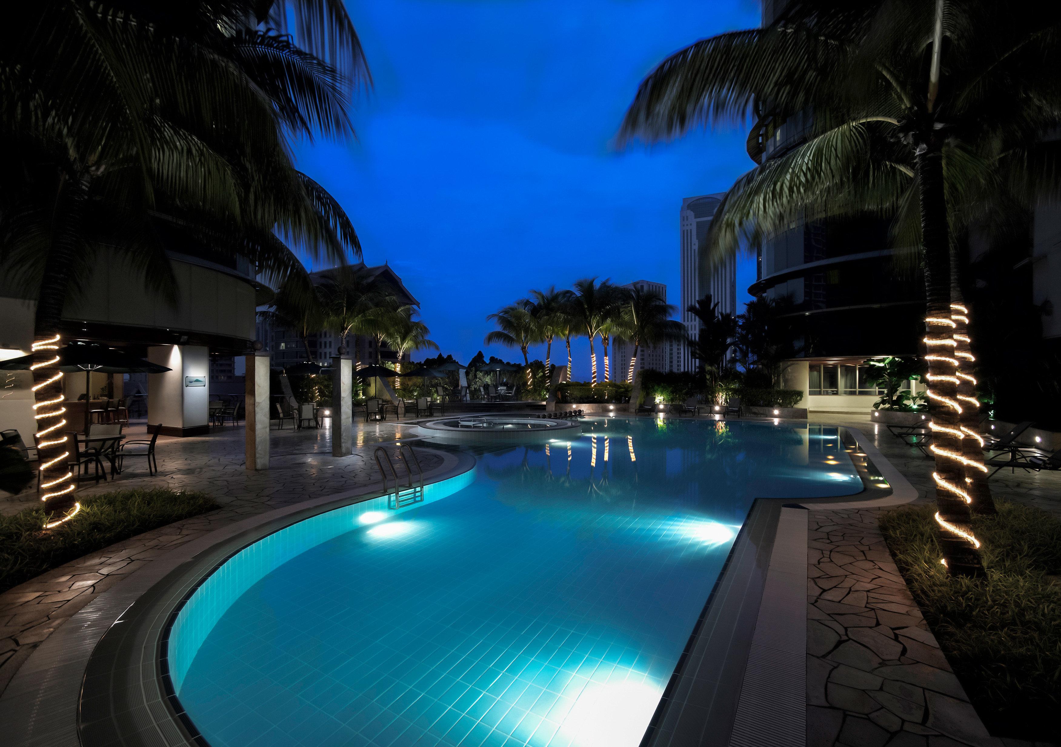 Modern Pool swimming pool street night Resort landscape lighting mansion screenshot condominium palm empty lined