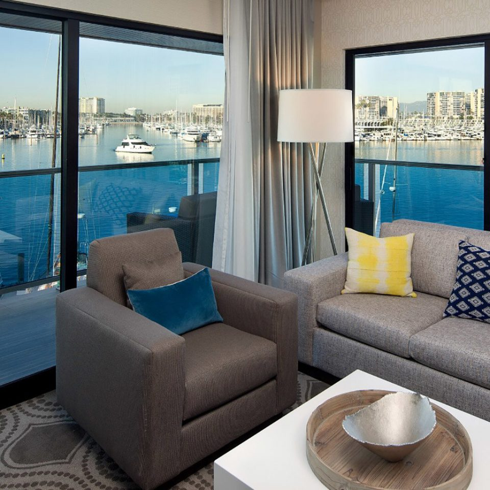 sofa property living room condominium glass Suite nice home overlooking Villa cottage Resort flat Modern