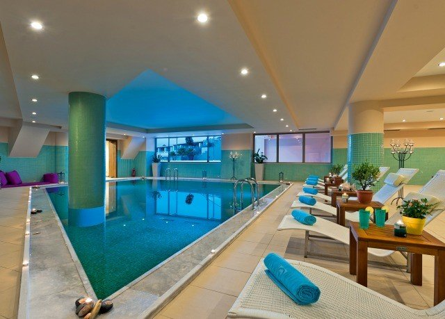 swimming pool leisure property Resort condominium leisure centre recreation room Villa living room blue Modern