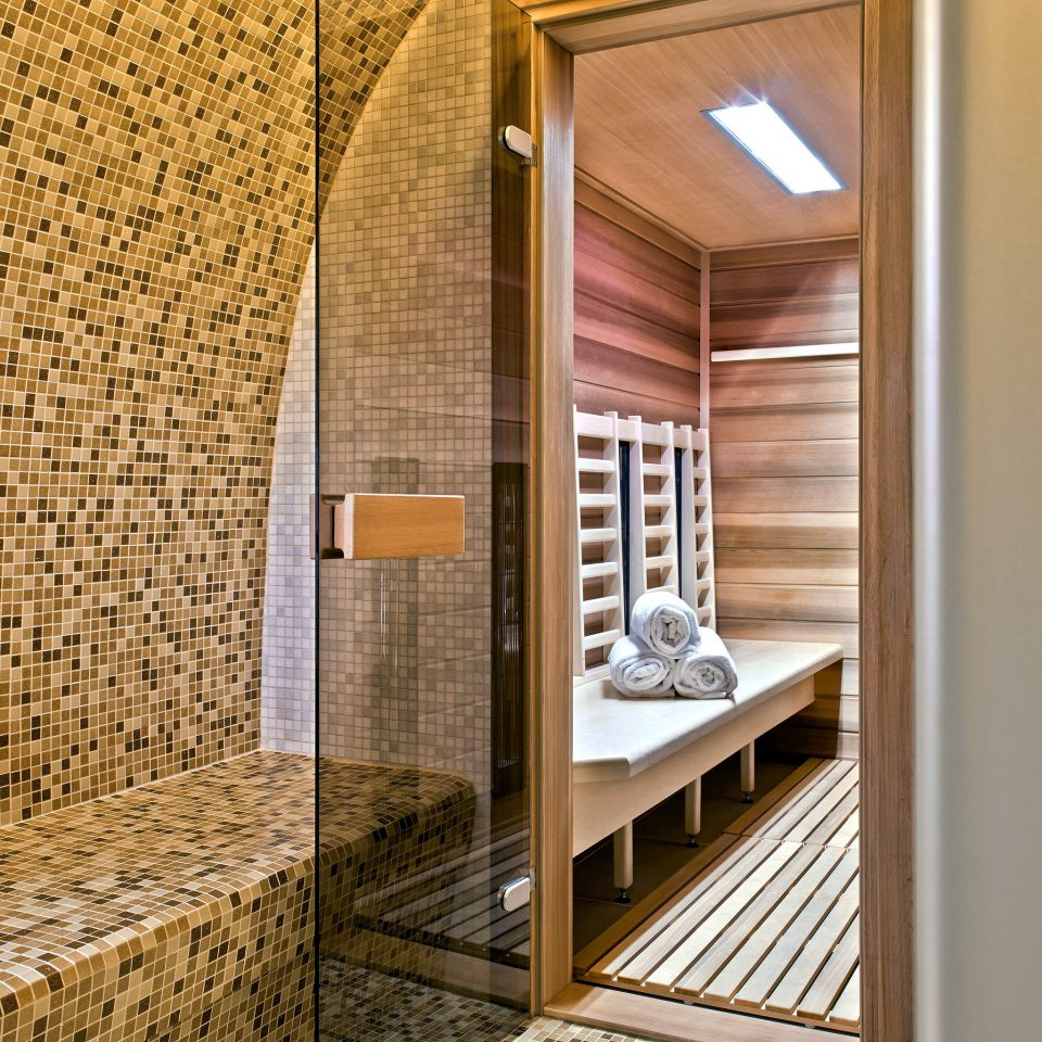 Modern Spa Wellness building stone tiled