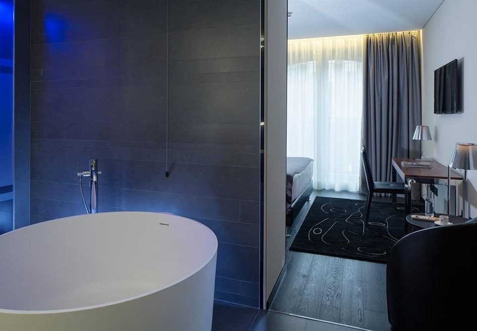property bathroom Suite swimming pool bathtub plumbing fixture tub Modern