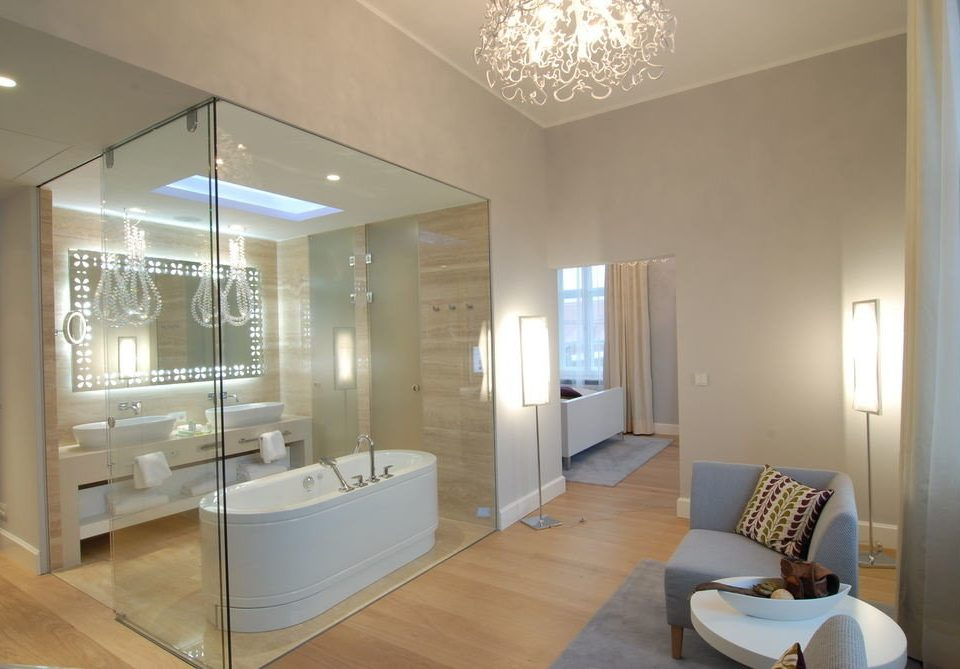 bathroom property condominium home living room Suite Modern tub
