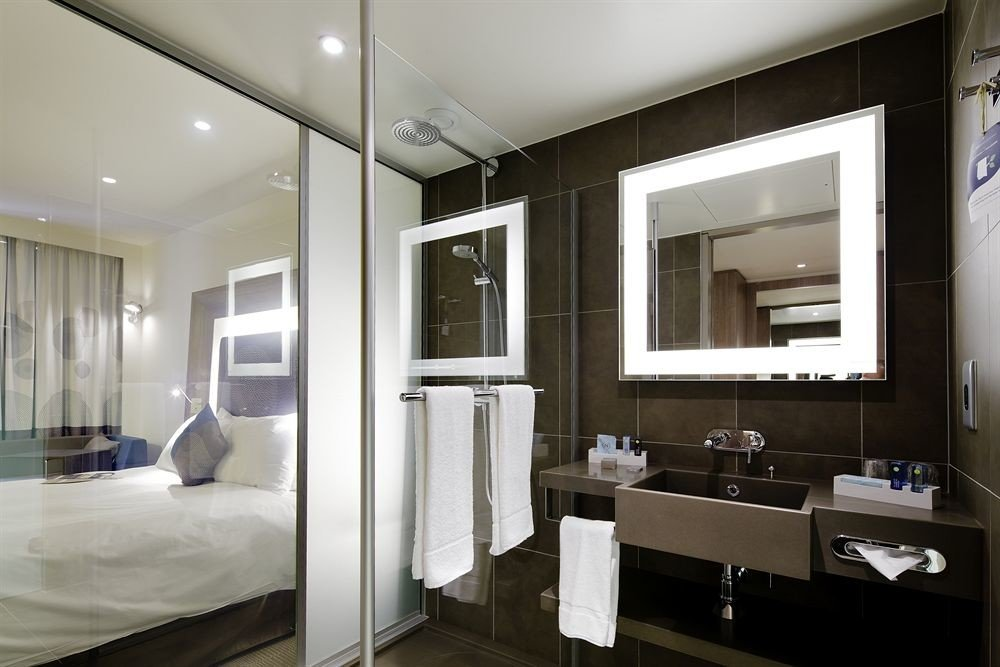 bathroom mirror property condominium home Suite Modern