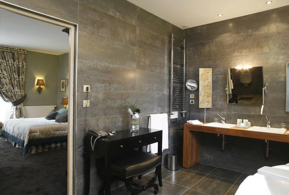 property bathroom Suite home cottage loft Modern