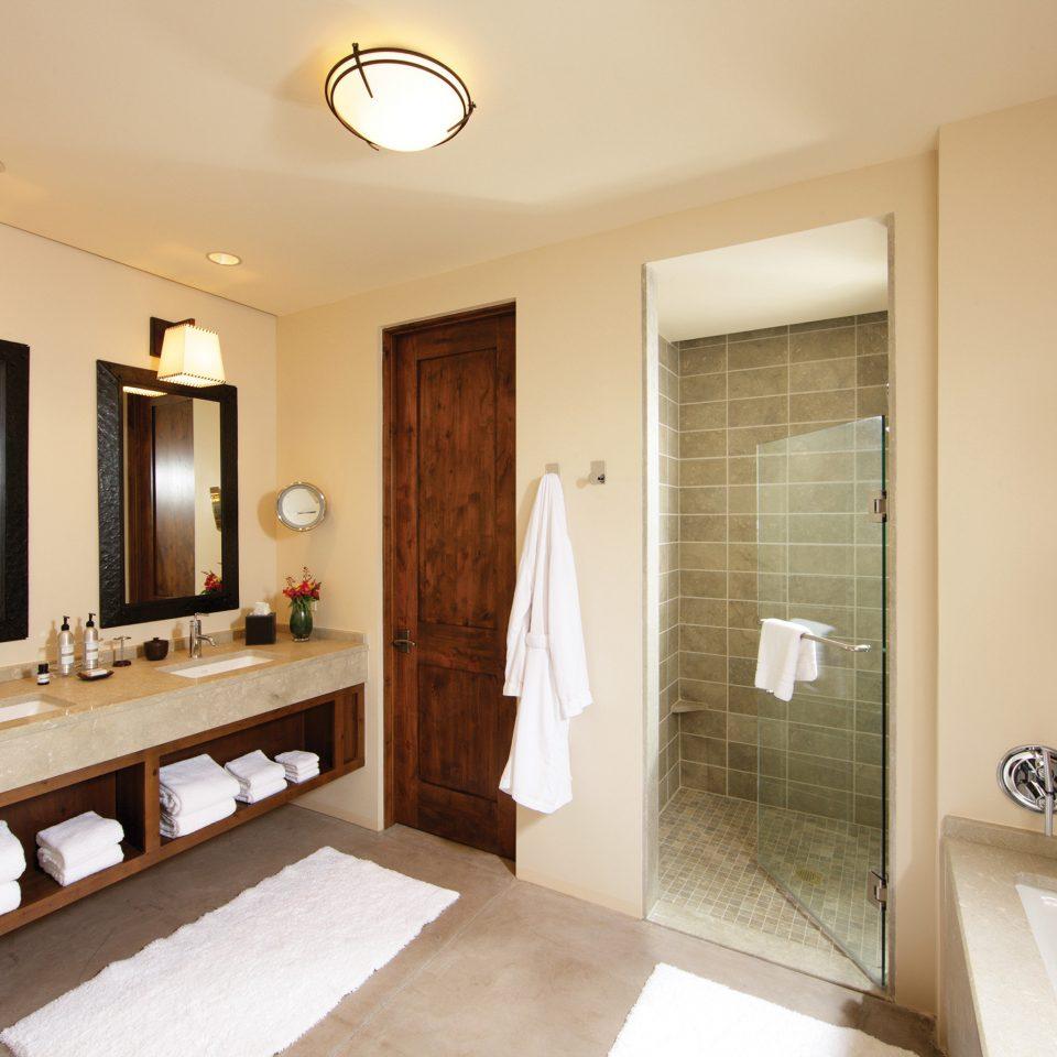 bathroom mirror property sink home Suite vanity cottage Modern