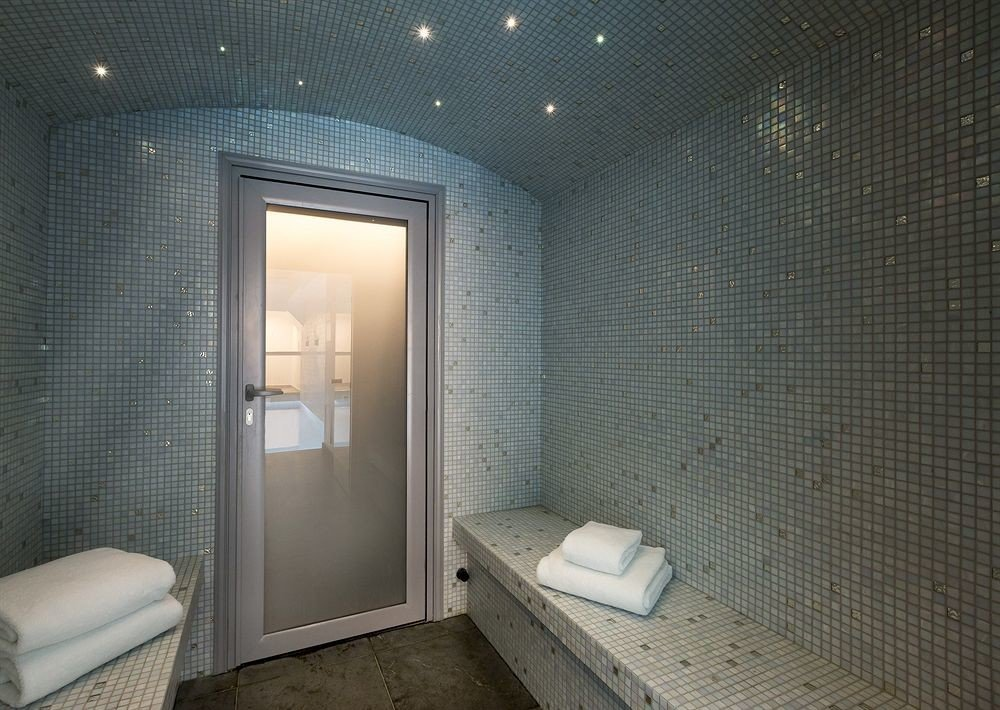 bathroom property shower house plumbing fixture sink public toilet Suite tiled Modern tile