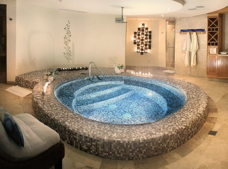 swimming pool property jacuzzi mansion living room Suite Modern