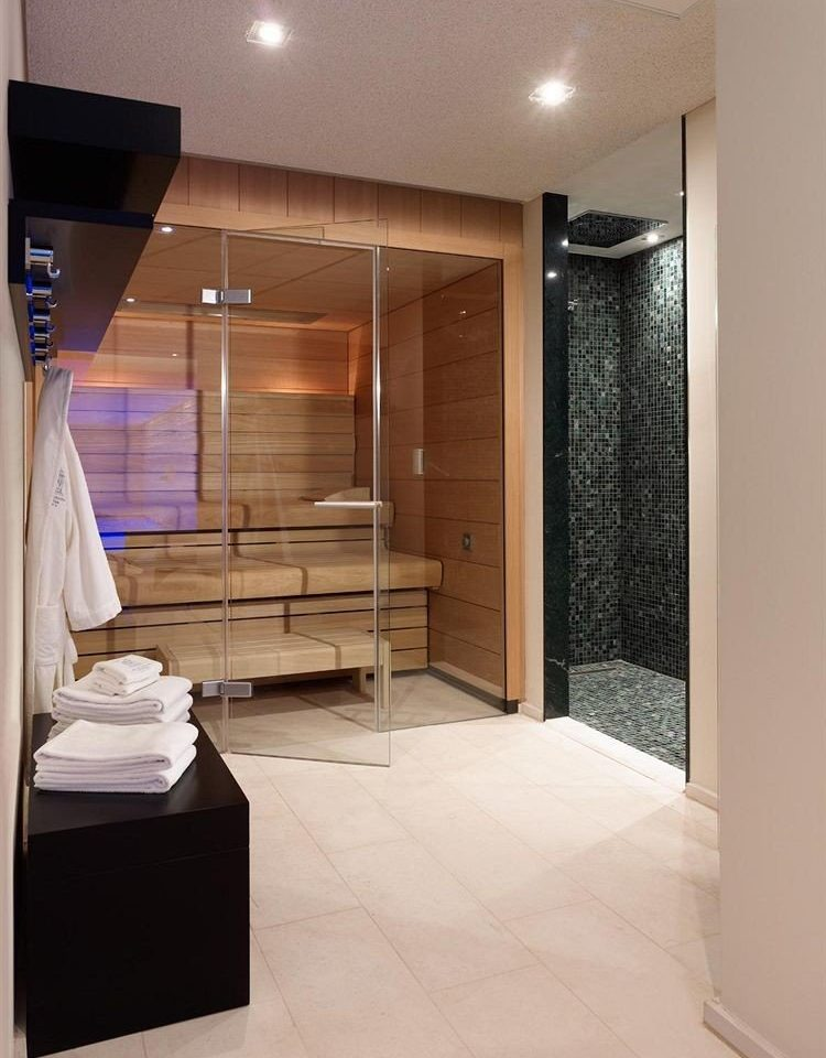 property Suite sink Modern