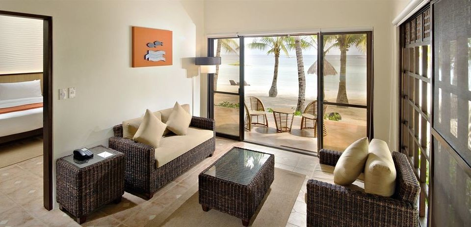property condominium home living room Suite cottage Villa Modern