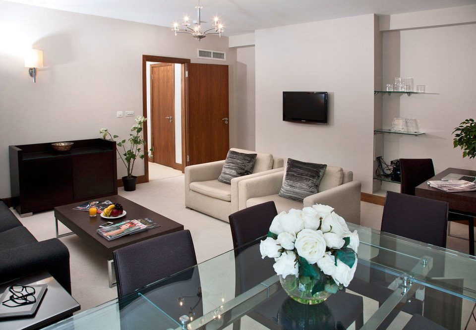 property living room Suite condominium home cottage Villa Modern