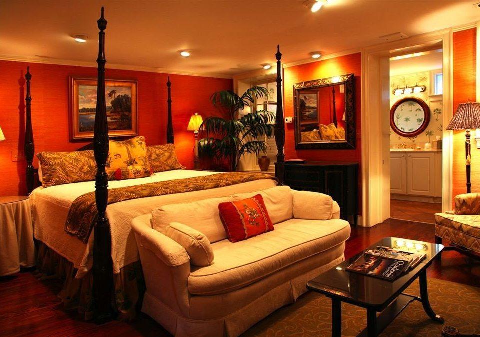 sofa property living room Suite home cottage Villa flat Modern