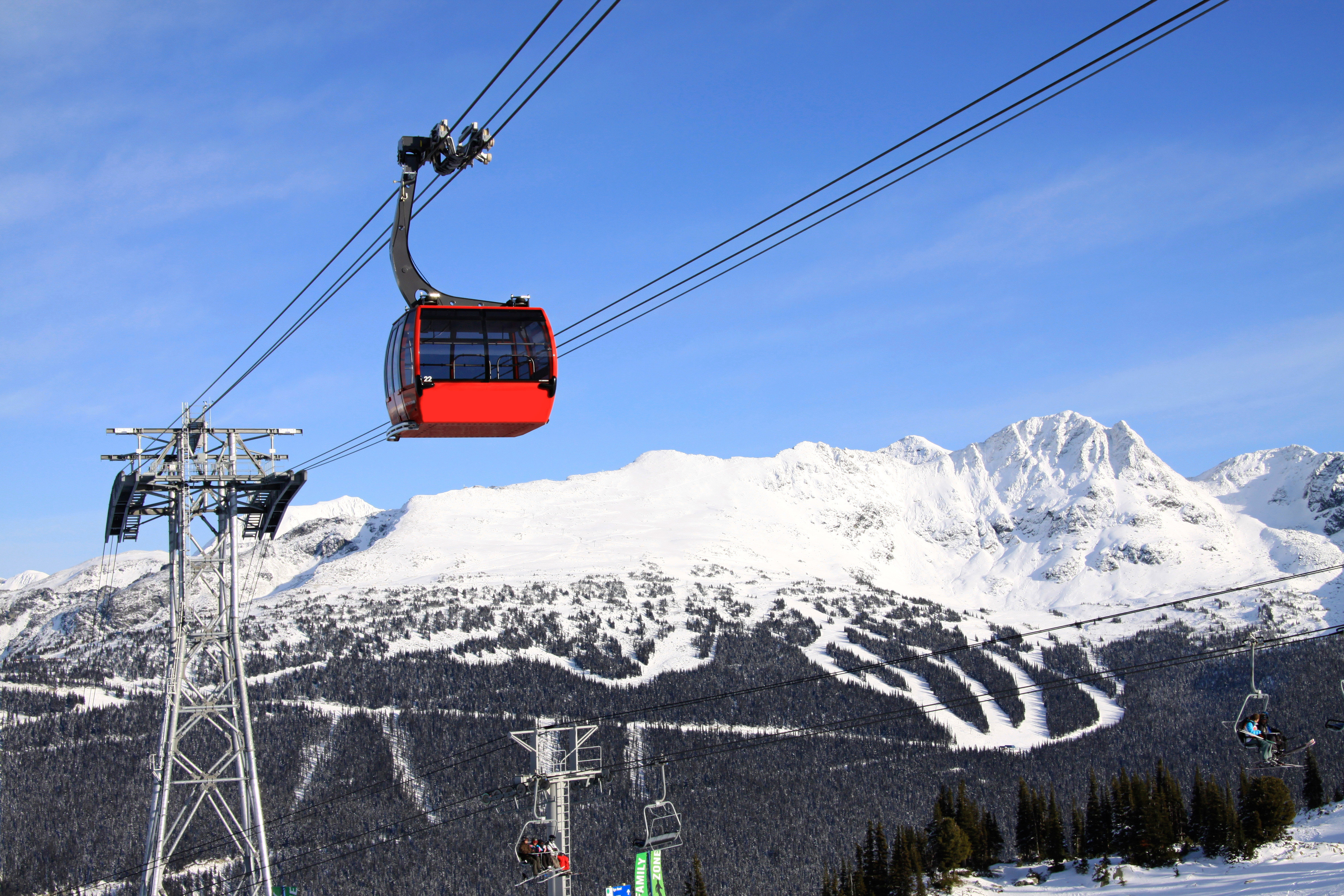 Mountains Outdoor Activities Outdoors Scenic views Ski Sport sky snow transport cable car mountain piste mountain range geological phenomenon skiing ski equipment vehicle winter sport alps sports equipment nordic skiing