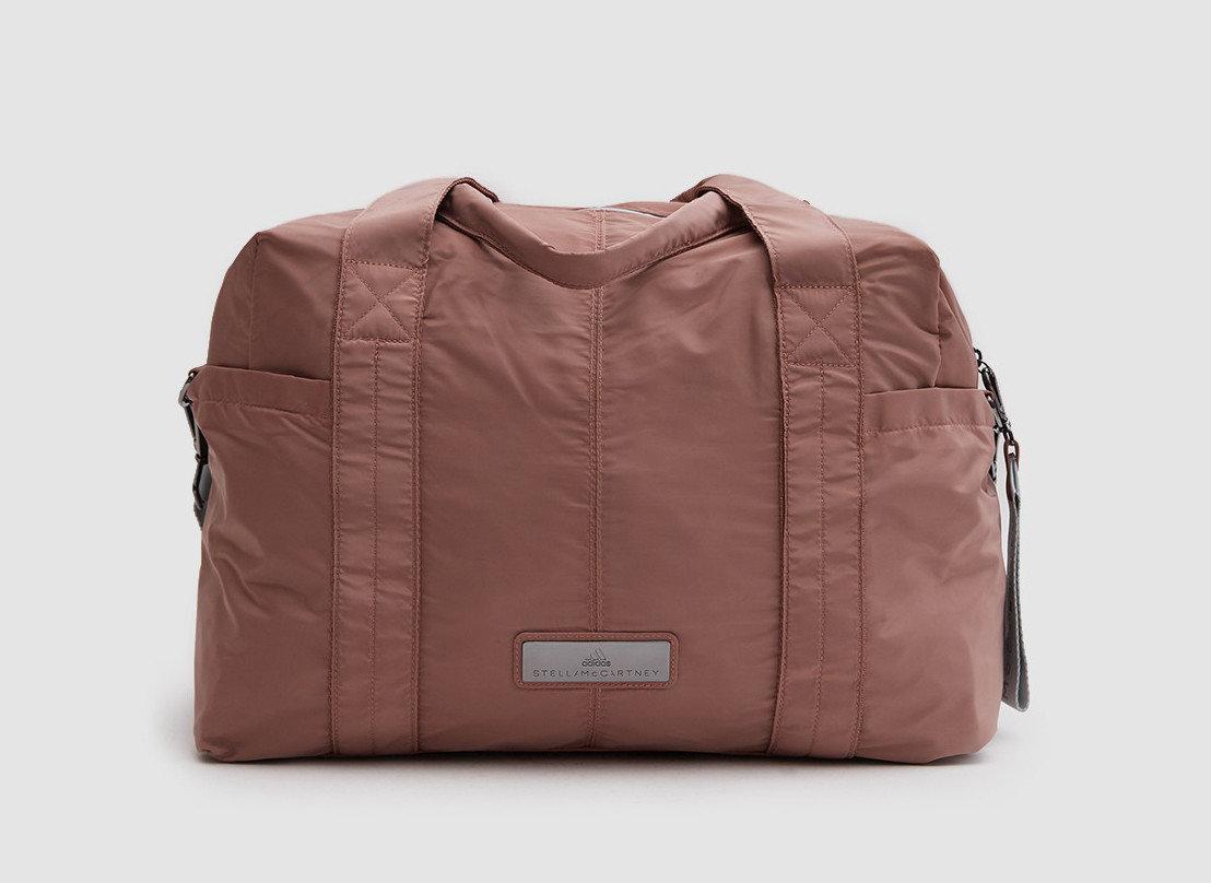 Packing Tips Style + Design Travel Shop bag accessory indoor brown product handbag shoulder bag leather product design pocket hand luggage baggage beige colored