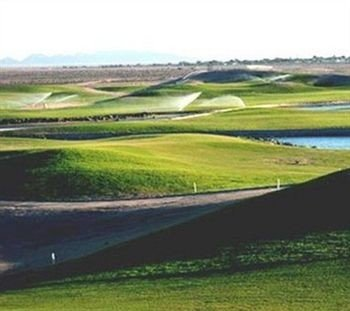grass structure plain grassland Nature sport venue field golf course baseball field golf club prairie race track agriculture paddy field shore day highland