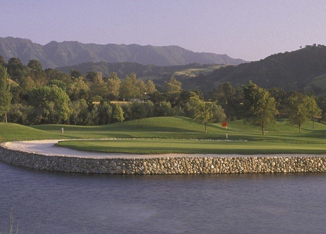 grass mountain structure sport venue Nature golf course sports golf club outdoor recreation recreation reservoir highland