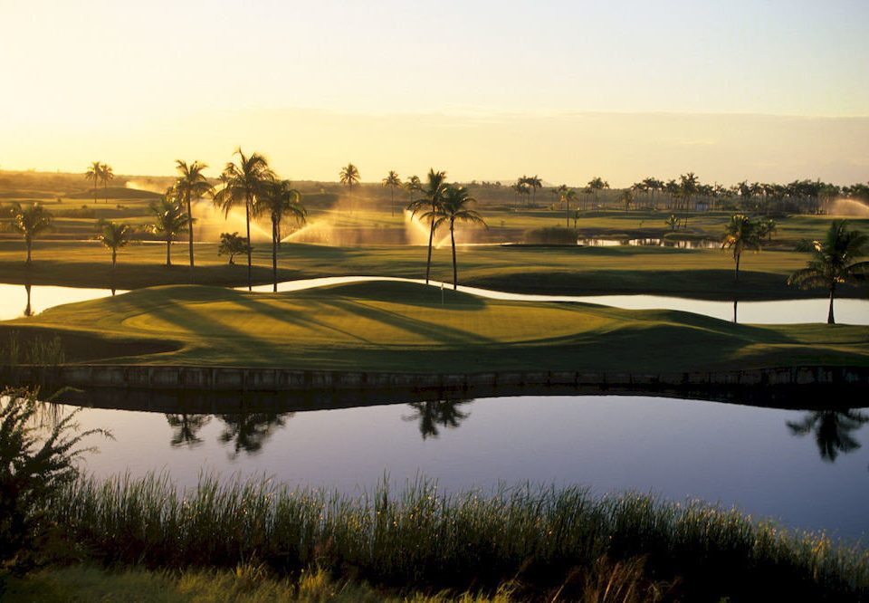 Nature Outdoors Resort Scenic views sky water structure sport venue morning outdoor recreation golf course Sunset recreation dusk stadium day land