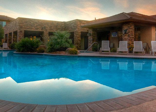 sky swimming pool property Pool Resort Villa house blue home Nature backyard mansion condominium swimming
